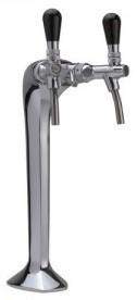 Ausschank von Tafelwasser am Einbau-Wasserspender in Bar, Restaurant, Hotelküche, Biergarten